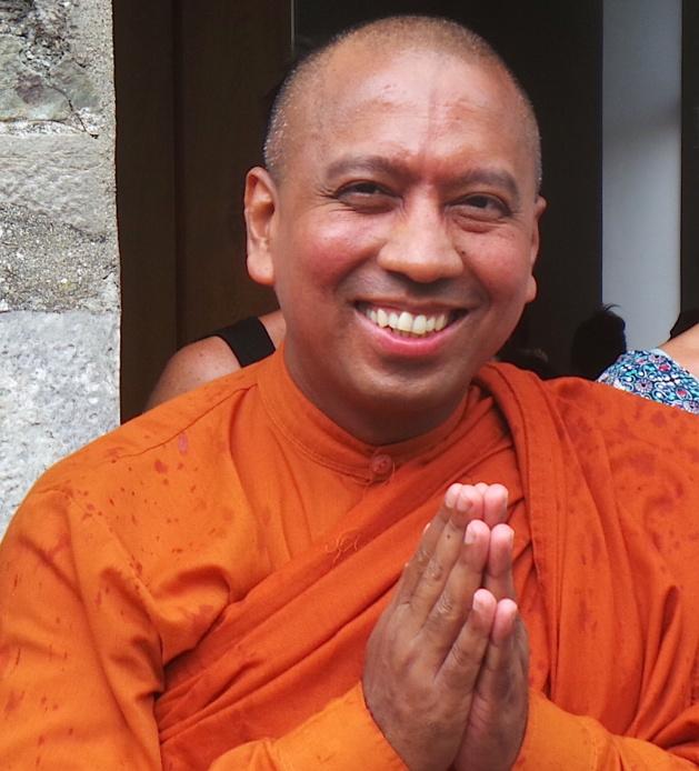 "Bhante Saranapala, l'""Urban Buddhist Monk"" canadien, de retour en Corse"