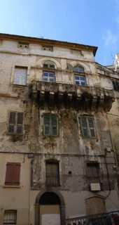 Palais Bronzini de Caraffa, 4 rue Chanoine Letteron.