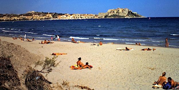Début de noyade sur la plage de Calvi