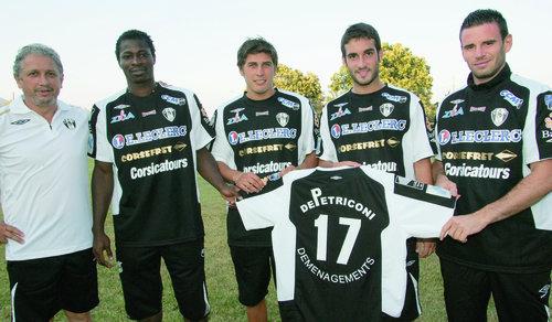 Ben Idrissa Dermé était arrivée au CAB en Août 2010 en compagnie de Salis, Grimaldi et Pastorelli (De gauche à droite) avec le président du club Antoine Emmanuelli