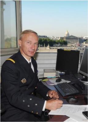 Prise de commandement marine du Capitaine de vaisseau Remy à Aspretto