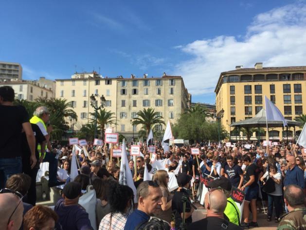 #Amnistia : Entre 5 000 et 7 000 personnes dans les rues d'Ajaccio