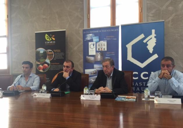 Jean Christophe Angelini (ADEC) entouré de françois Xavier Ceccoli (Corsica Comptoir), Paul Trojani (CCI2B) et Christian Zuria (OPAC)