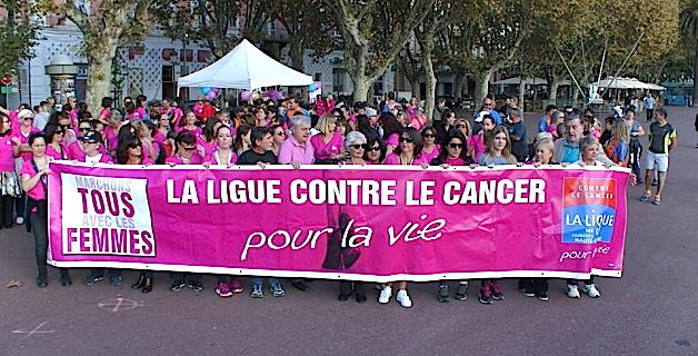 """""""Marche rose"""" dans les rues de Bastia"""