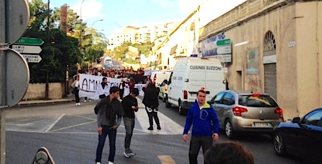 Procès de Paris : Nouvelles manifestations de Lycéens à L'Ile-Rousse, Bastia et Ajaccio
