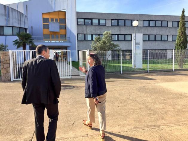 Le président de l'assemblée de Corse a été reçu ce matin par le proviseur du lycée de la Plaine Marie Caroline Vitte