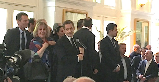 Nicolas Sarkozy à la rencontre des Ajacciens