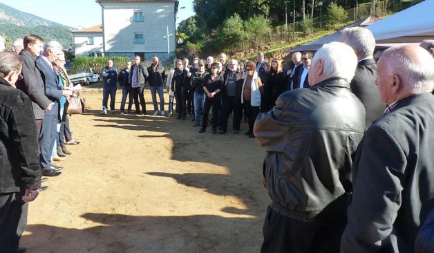La première pierre a été posée mercredi : Une nouvelle mairie annexe à la Plaine de Peri