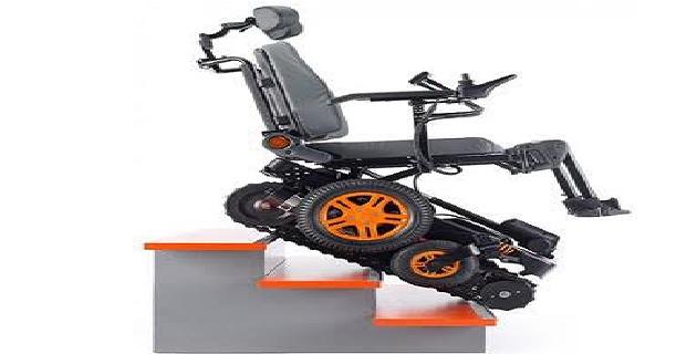 APF : Dons de fauteuils Topchair qui montent les escaliers