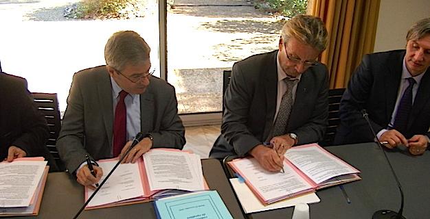"""Conventions de ruralité en Haute-Corse : 3 signatures """"pour un aménagement durable de la scolarisation des élèves"""""""