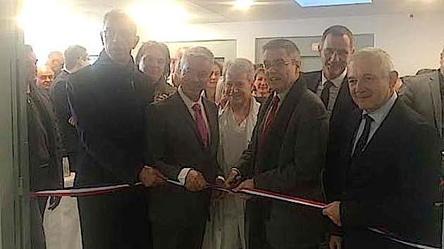 Inauguration du nouveau service de gériatrie en présence du directeur de l'hôpital de Bastia, Pascal Forcioli, du maire de Bastia, Pierre Savelli, du préfet de Haute-Corse, Alain Thirion, du Président du Conseil Exécutif, Gilles Simeoni et du Président du Conseil Départemental de la Haute-Corse, François Orlandi.