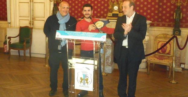 Boxe : Ismael Meskoukou a reçu la médaille de la Ville d'Ajaccio