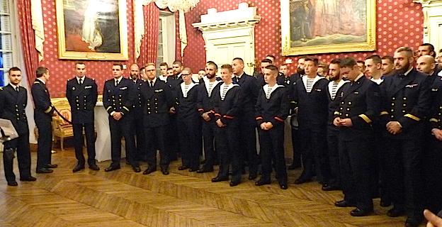 L'Aviso Commandant l'Herminier en escale à Ajaccio : L'équipage reçu à l'hôtel de ville