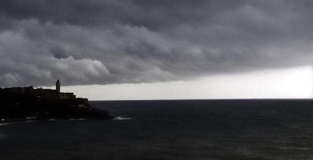 """Météo : La vigilance jaune """"fortes pluies"""" pourrait passer à l'orange dès samedi matin en Haute-Corse !"""