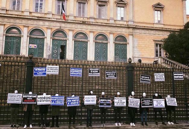Ghjutizia è verità per i nostri mercredi matin devant le palais de justice de Bastia : Un cappieremu mai