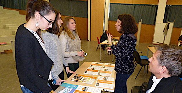 Des élèves de première et de terminale du lycée à la rencontre des filières universitaires.