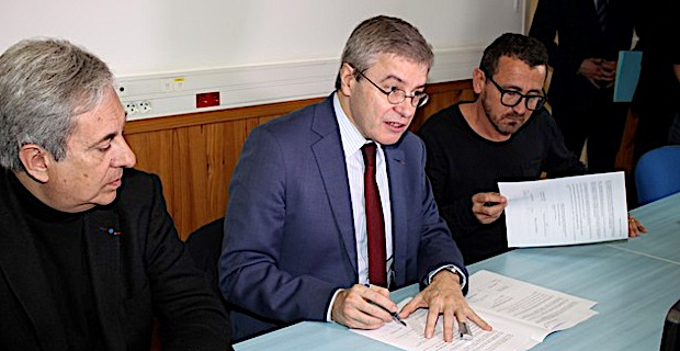 Le préfet de Haute-Corse à Calvi pour la signature du protocole d'accord des concessions de plage