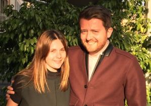 Julie Andréani, jeune conseillère félicitée par Sebastien Ristori, Représentant des Jeunes Républicains
