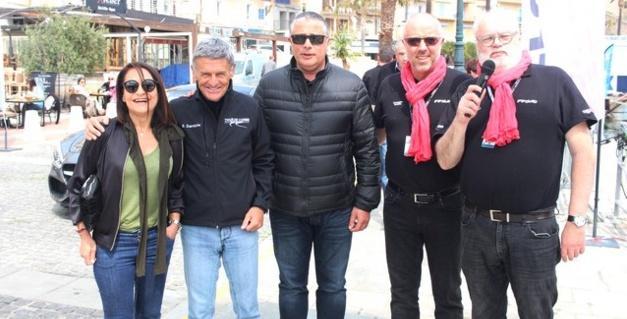 Bernard Darniche (2e en partant de la gauche), entouré de Maguy Brandaloni, conseillère municipale, Didier Bicchieray, adjoint au Maire de Calvi et des organisateurs