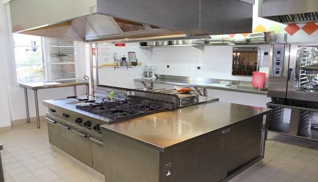 Ouverture d'une cuisine centrale pour cinq crèches de la ville d'Ajaccio
