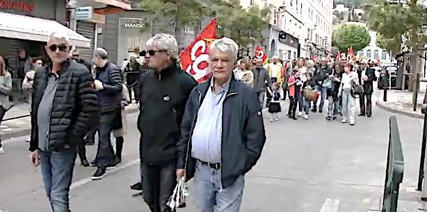 César Fazzini (à droite) : Il défilait encore le 1er Mai à Bastia avec la CGT