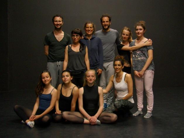 Pierre Rigal et ses stagiaires à la Fabrique de théâtre