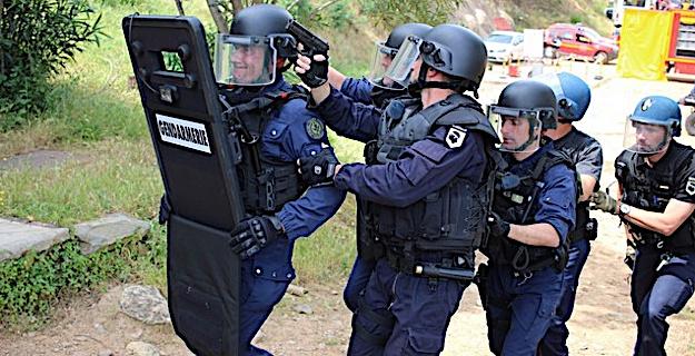 Intervention des unités du SPIG d'Ajaccio et de Calvi Photos GG et FD