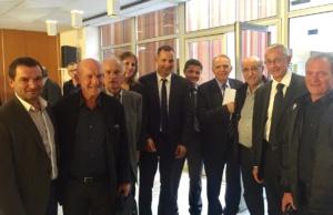 Gilles Simeoni et les maires du Centre Corse.