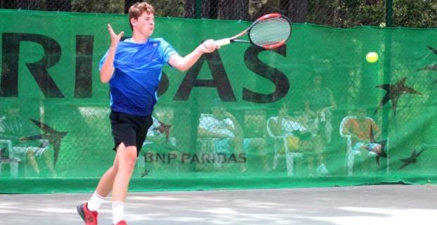 Lilian Prod'Homme et Flore Mendez champions de Corse de tennis 2017