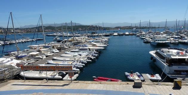 Ajaccio : Le port Charles-Ornano, toutes voiles dehors