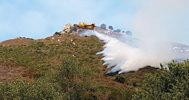 Alata : La lutte contre les flammes en images