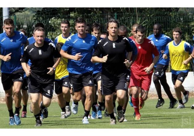 Réginald Ray (à droite) duy temps où il était encore au Sporting : Il retrouve l'Igesa dès ce mercredi