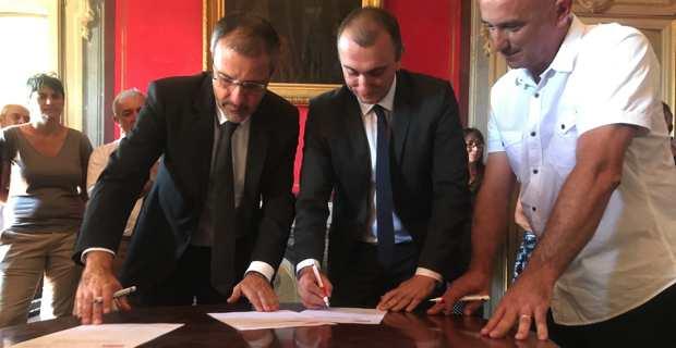 Signature de la convention d'acquisition entre la CTC, l'Office foncier et la commune de Centuri.
