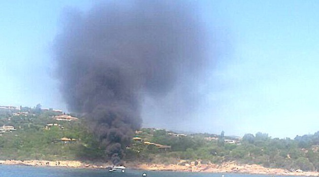 Bateau en feu à Santa Giulia avec 10 personnes à bord : Six blessés légers