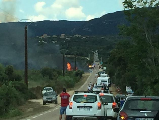 Incendie à la sortie de Pianottoli Caldarello