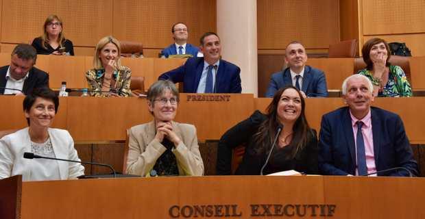 Vanina Borromei, élue de Femu a Corsica, devient conseillère exécutif et présidente de l'Office des transports (OTC).