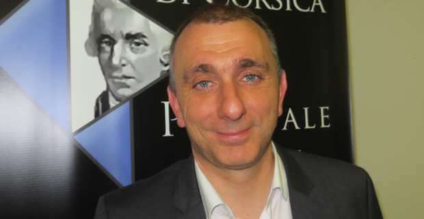 Jean-Christophe Angelini, leader d'U Partitu di a Nazione Corsa (PNC), conseiller exécutif et président de l'ADEC.