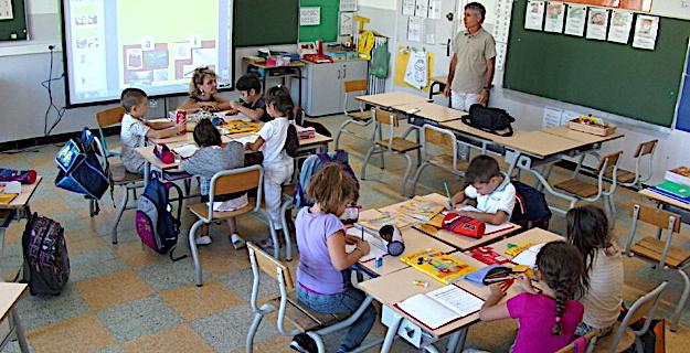 Une première pour l'école Calloni à Bastia : 3 classes de CP de 12 élèves chacune.