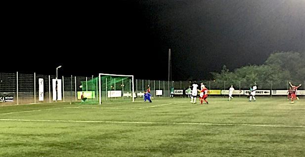 61ème minute de jeu, Massoni inscrit ce qui sera le but de la victoire pour le FCBB