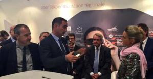 Les présidents de l'Exécutif et de l'assemblée de Corse reçoivent le Trophée de l'innovation.