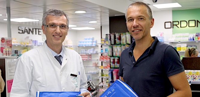 Les docteurs  C. Filippi et F. Le Duff en officine