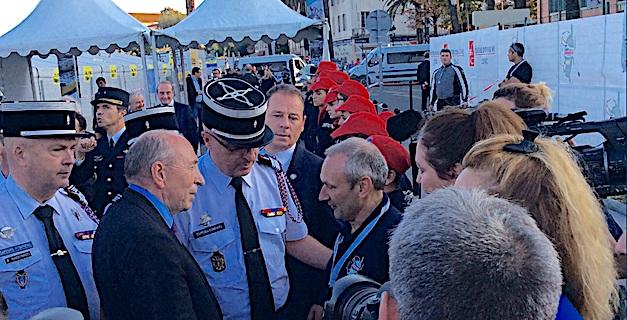 Deux ministres chez les sapeurs-pompiers : Gérard Collomb et Jacqueline Gourault dans le feu de l'action