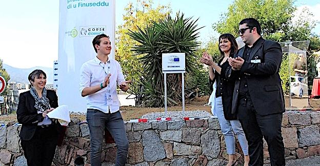 "Ajaccio : Remise de la plaque ""École ambassadrice"" au LP du Finosello"