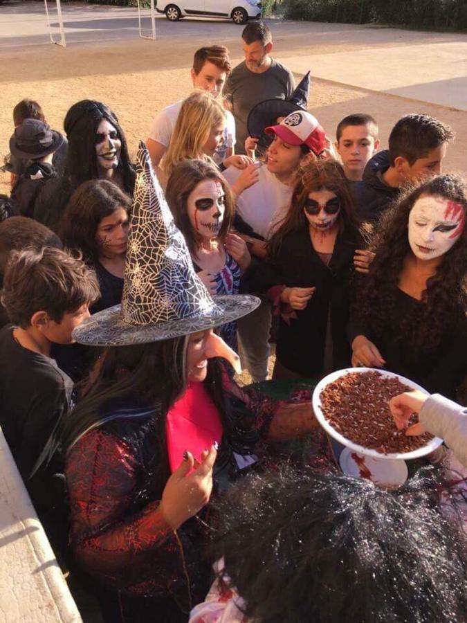 Le fantôme d'Halloween était à... Zilia !
