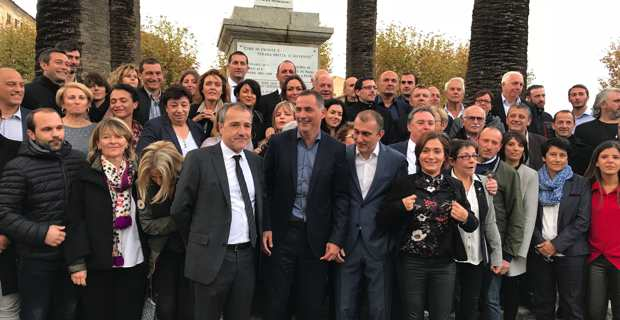 La liste Pè a Corsica, présentée dimanche après-midi, piazza Paoli à Lisula Rossa.
