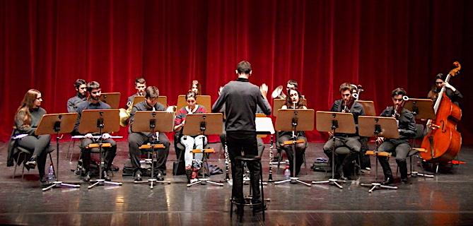 L'Orchestre à vents du Conservatoire de Barcelone.