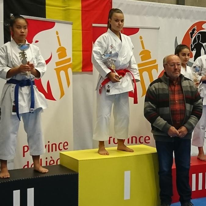 Cassandra Sampieri sur la plus haute marche du podium