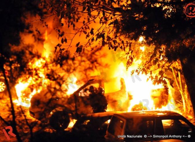 Ajaccio : Trois voitures brûlées dans une résidence