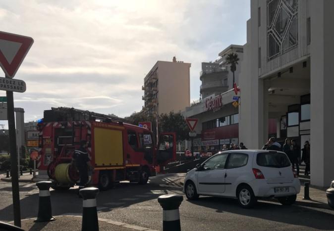 Bastia : Début d'incendie au Centre commercial de Toga