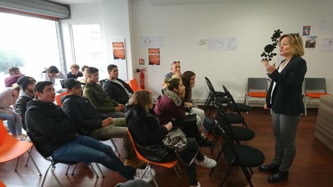 Le Dr Sylvie Ferrara a parlé sexualité et prévention avec une cinquantaine de jeunes suivis par la Mission locale d'Ajaccio, ce vendredi.